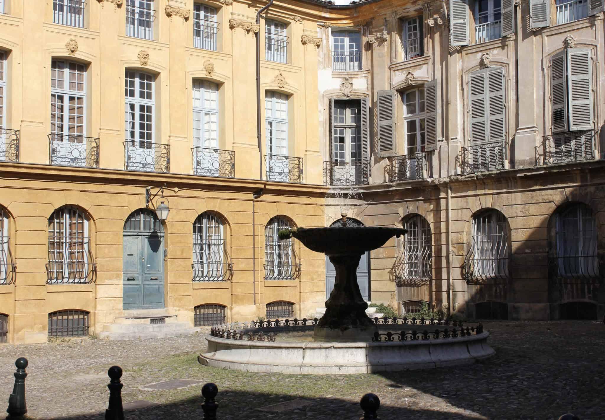 Aix-en-Provence, South of France travel itinerary, 24-36 hours in Aix-en-Provence itinerary, things to do in Aix-en-Provence, day trips from Aix-en-Provence
