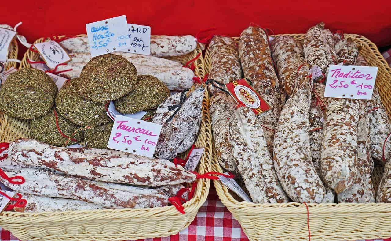 Aix-en-Provence food market, Aix-en-Provence, South of France travel itinerary, 24 hours in Provence, 24 hours in Aix-en-Provence itinerary, where to eat in Aix-en-Provence
