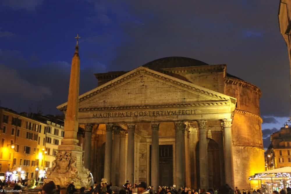 Pantheon in Rome at night, things to do in Rome, St. Peter's Square, St. Peter's Dome in Rome, visit Rome in winter, Rome in winter, winter in Rome, Vatican city, 2-3 days Rome itinerary