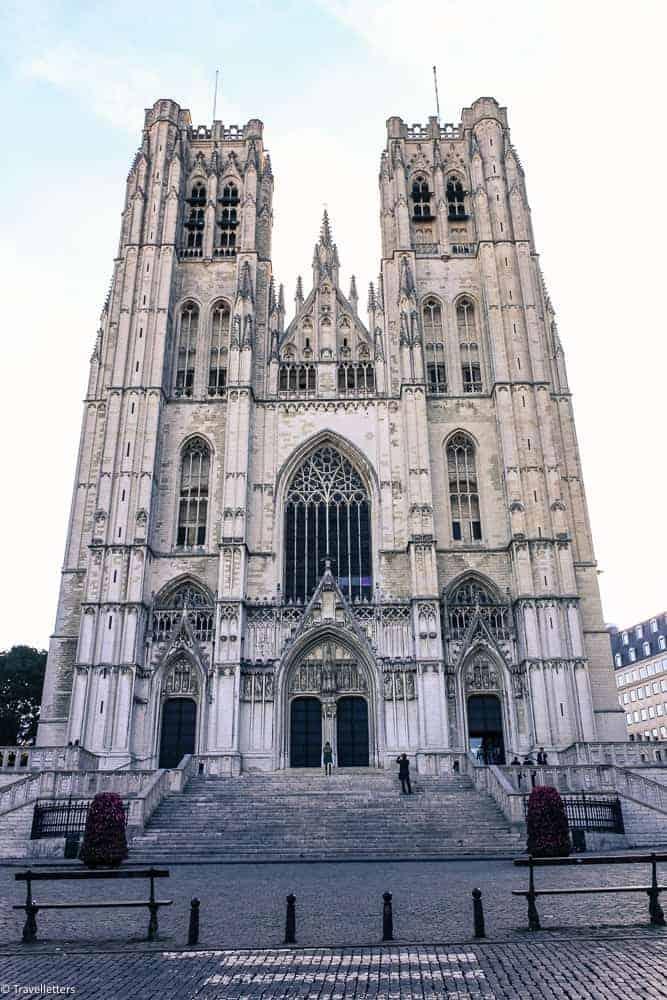 Katedral St. Michael og St. Gudula, Storbyferie i Europa, weekendtur til Brussel, høst destinasjon, beste storby for weekendtur i oktober, ting å gjøre i Brussel, jentetur til Brussel, kjærestetur til Brussel