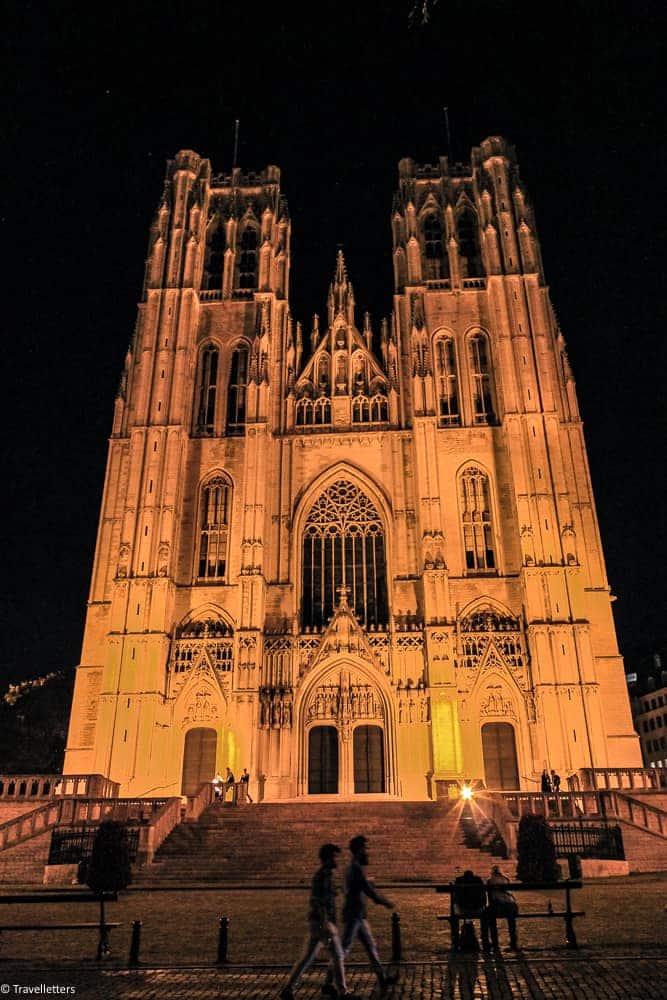Katedral St. Michael og St.Gudula, Storbyferie i Europa, weekendtur til Brussel, høst destinasjon, beste storby for weekendtur i oktober, ting å gjøre i Brussel, jentetur til Brussel, kjærestetur til Brussel